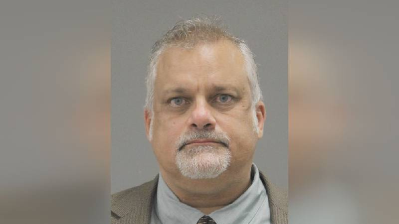 Winnebago Co. Coroner Bill Hintz pleads not guilty to fraud charges, stealing from the dead.