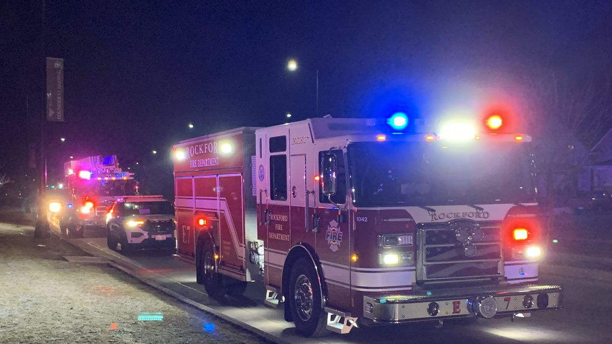 Rockford Fire responds to vehicle in the Rock River.