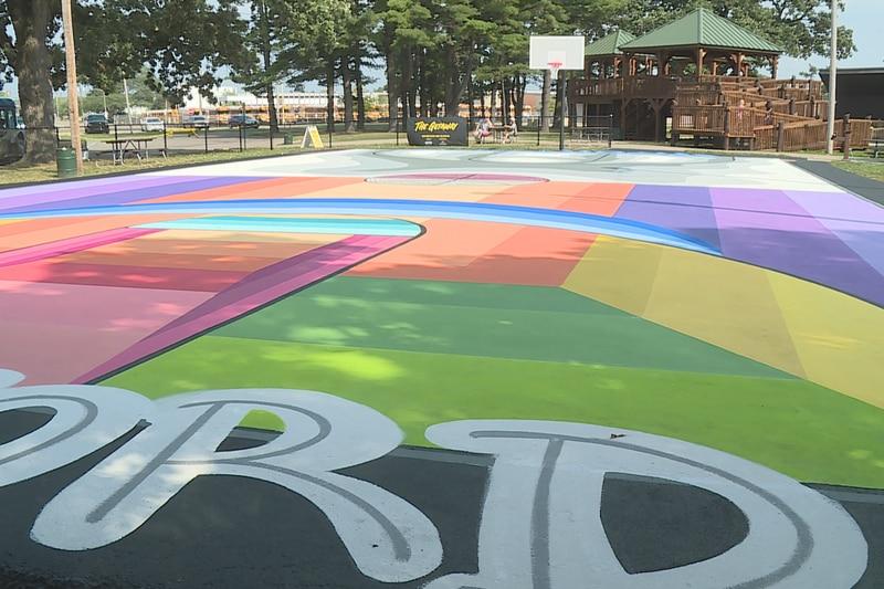 Rockford Park District celebrates new mural