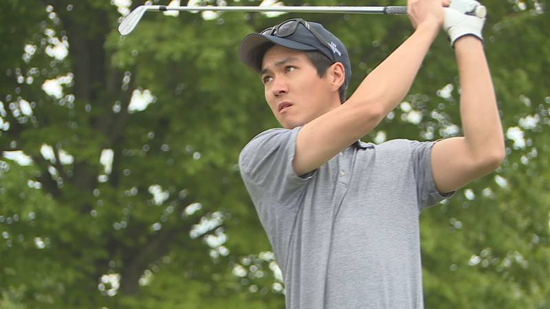 Robert Dofflemyer won his second straight Mauh-Nah-Tee-See Match Play Invitational on Sunday in...