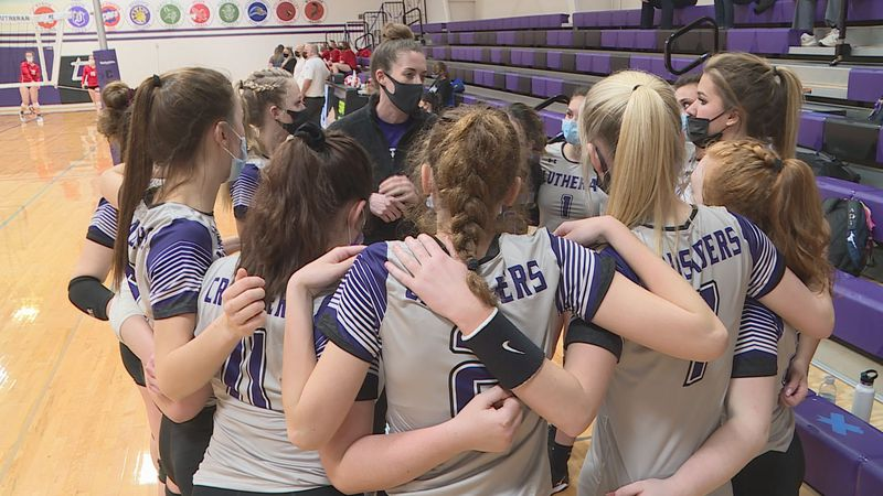 Lutheran girls volleyball picked up a big win against conference rival Oregon on Tuesday.