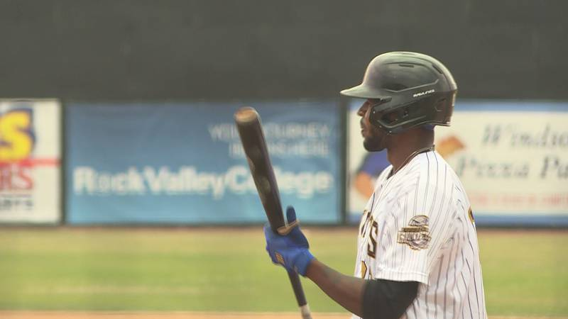 The Rockford Rivets sent the kids home with a Kids Day walk-off win Thursday afternoon against...