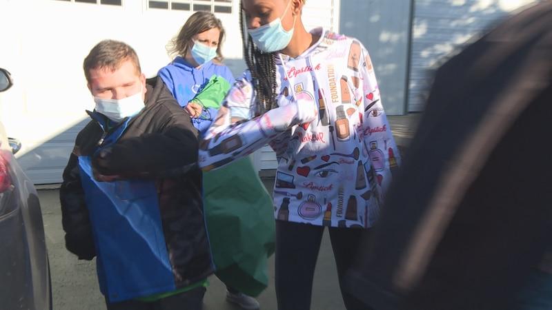 Pecatonica Middle School 7th graders visit classmates