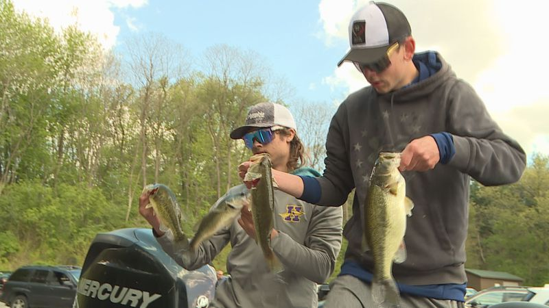 Hononegah anglers hold up four bass at this year's IHSA Bass Fishing Sectional on Pierce Lake.
