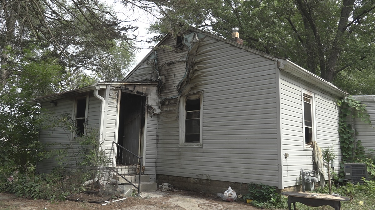 A house fire early Sunday morning displaces one person.