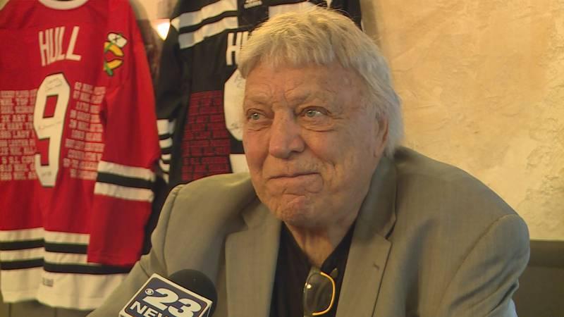 Blackhawks legend and Hockey Hall of Famer Bobby Hull was in Rockford on Sunday signing...