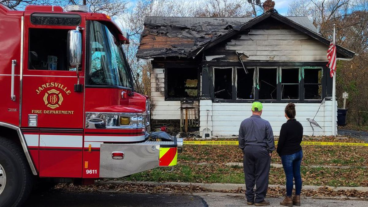 One person died in an early morning fire in Janesville on November 9, 2020.