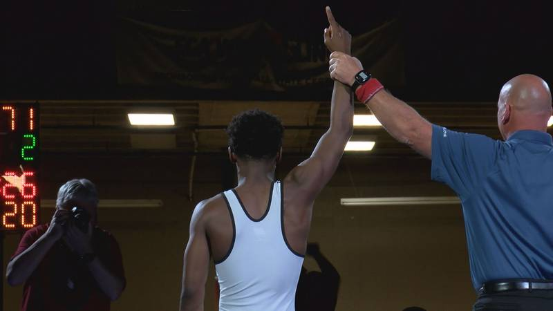 In weight class 120, Freeport's Markel Baker goes up 2-0 early and finishes with a pin.