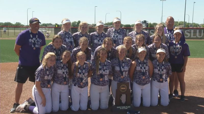 Orangeville softball poses with the Class 1A third place trophy after defeating...