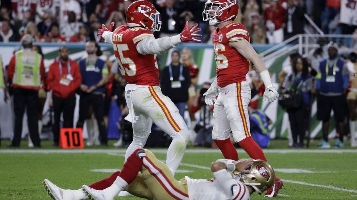 Kansas City Chiefs' Frank Clark (55) and Ben Niemann celebrate over San Francisco 49ers quarterback Jimmy Garoppolo during the second half of the NFL Super Bowl 54 football game Sunday, Feb. 2, 2020, in Miami Gardens, Fla. (AP Photo/Patrick Semansky)