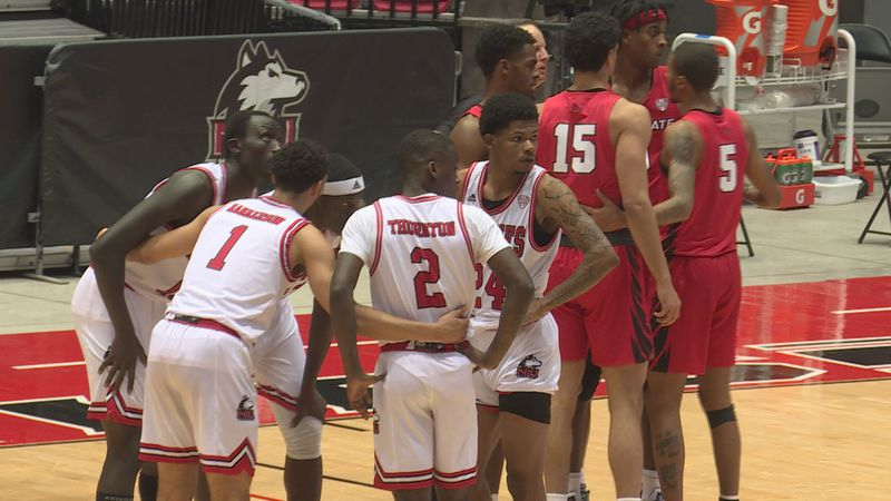 The Northern Illinois men's basketball team played Ball State to open Mid-American Conference...