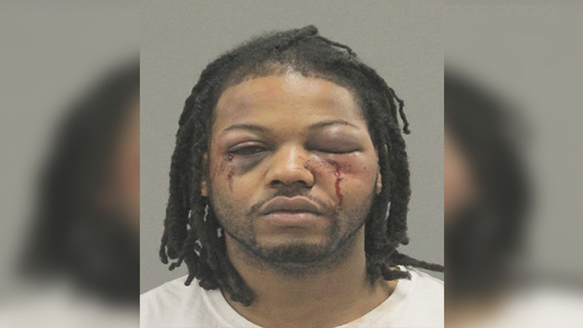 Dunivant has been charged with Possession of a Controlled Substance, Resisting Arrest,...