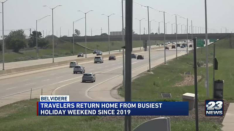 Travelers return from busy holiday weekend