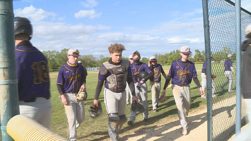 Hononegah wins on the road at Guilford.