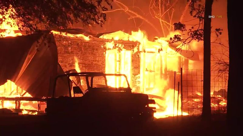 The Zogg fire in Shasta County scorched thousands of acres Sunday in just a matter of hours.