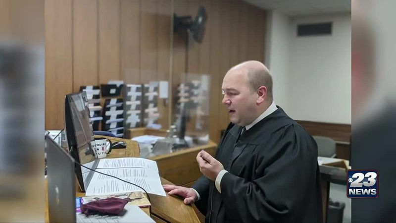 Judges pay virtual visits to classrooms