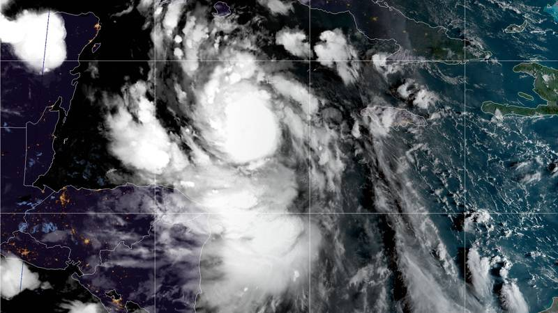 Hurricane Delta is now a Category 4 heading toward the Mexican coast.