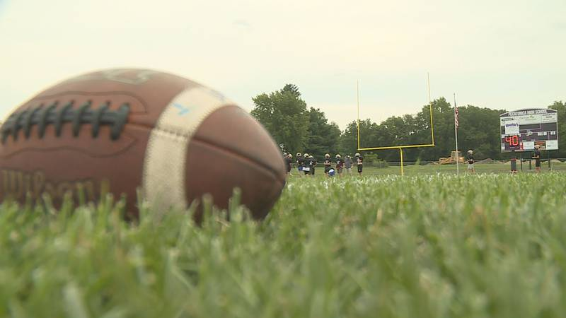 Du-Pec football returns to Pecatonica for the first time since 2019. The Rivermen played their...