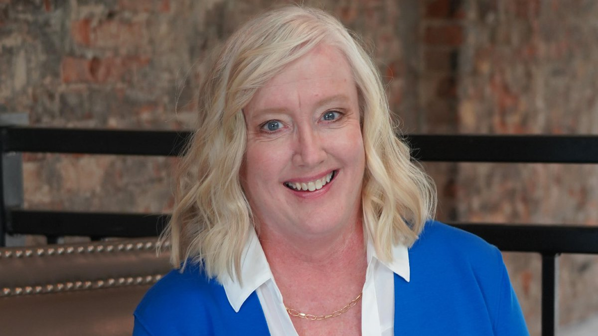 Ann Roe, a Democrat, launches her campaign for the First Congressional District on Tuesday.